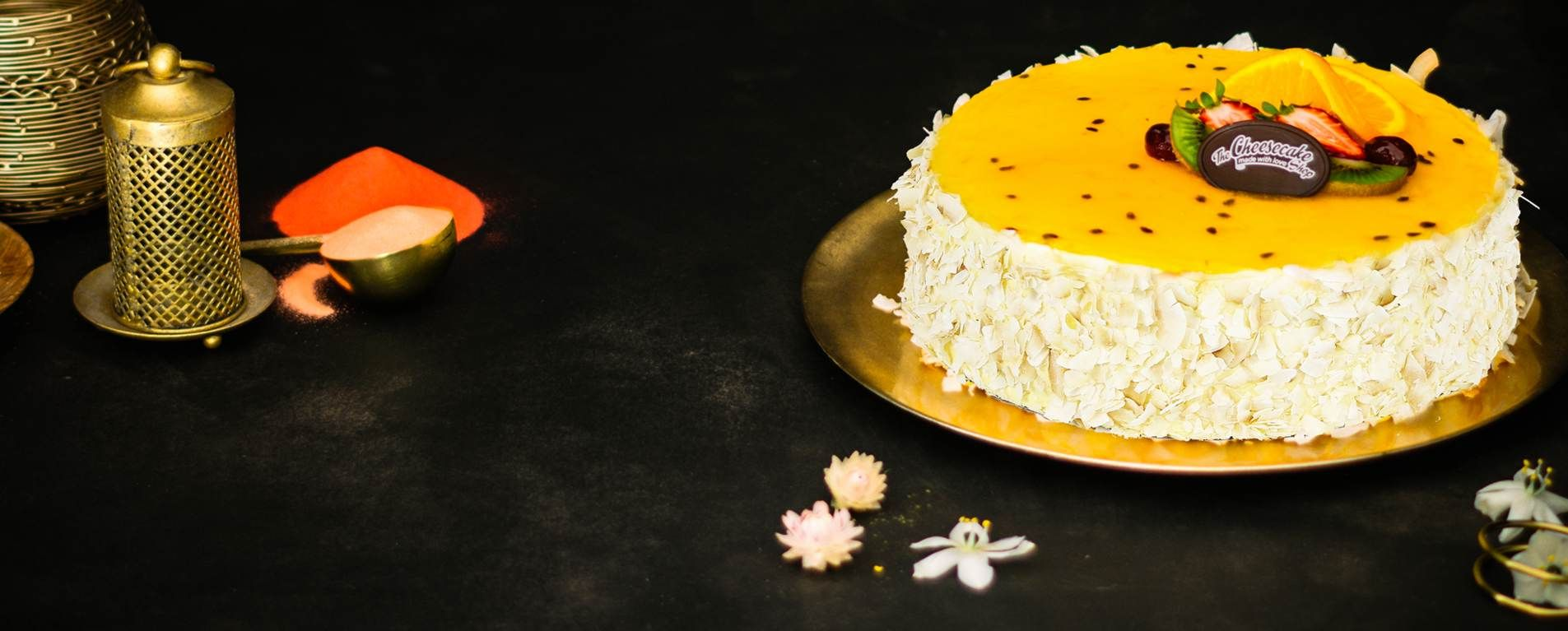 EGGLESS TROPICAL TORTE