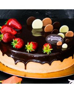 EGGLESS DOUBLE CHOC STRAWBERRY TORTE