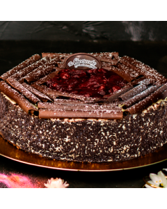 EGGLESS BLACK FOREST TORTE